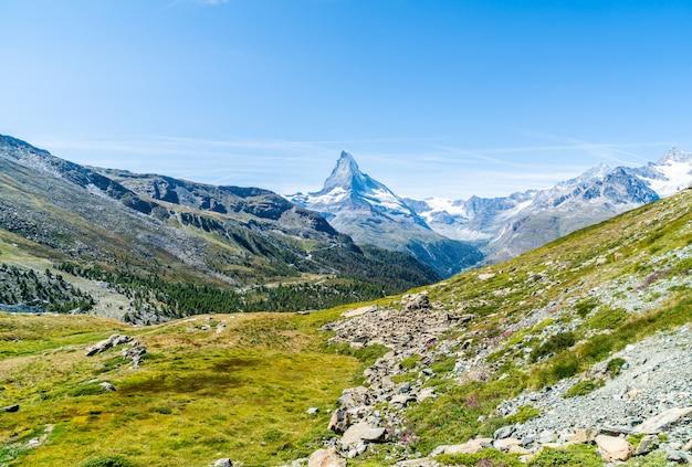 スイス、ツェルマットのマッターホルンピークの景色。