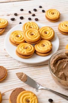 Печенье с кофейным кремом