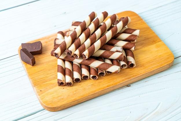 Шоколадные вафельные трубочки