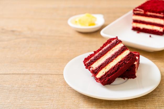 おいしい赤いベルベットのケーキ