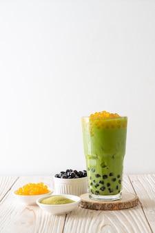 泡と蜂蜜の泡と緑茶ラテ