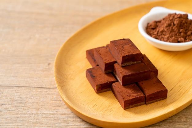 Свежий и мягкий шоколад