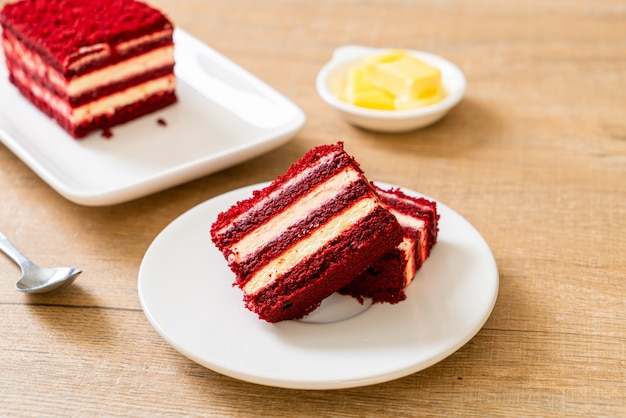美味しいレッドベルベットケーキ