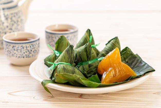 Традиционные китайские клецки с клейким рисом