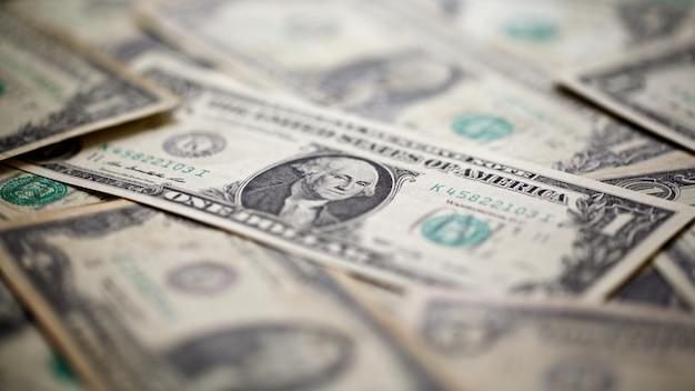 Банкноты американского доллара