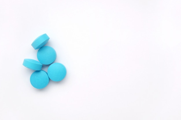 Куча синих таблеток