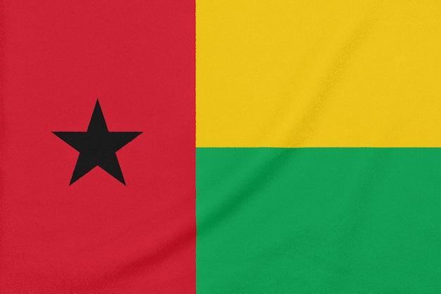 テクスチャ生地、愛国心が強いシンボルにギニアビサウの旗