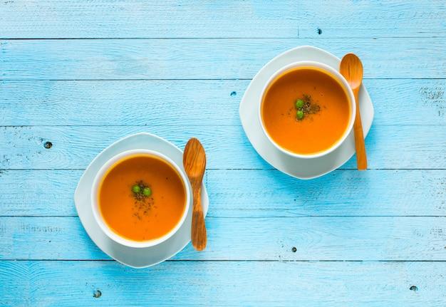 Домашний суп из тыквы, вид сверху