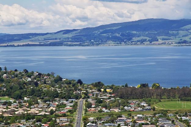 ニュージーランド、ロトルア湖