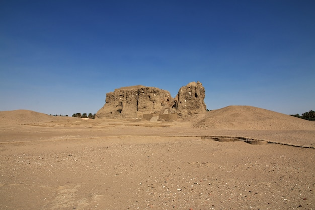 Древний египетский храм сесеби в судане