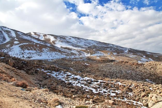 レバノンのベカー渓谷の自然