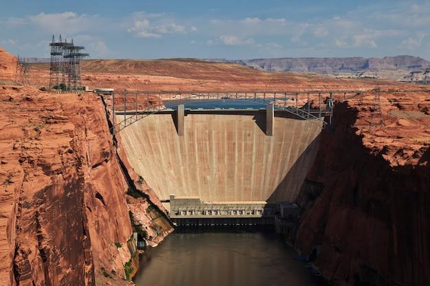 ペイジ、アリゾナ州のコロラド川のダム