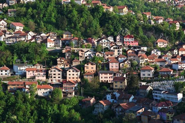 サラジーボ市、ボスニアおよびヘルツェゴビナの眺め