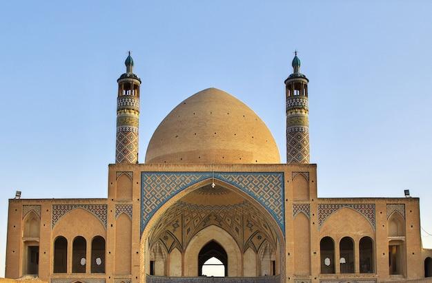 イラン・カシャン、アガ・ボゾルグ・モスク