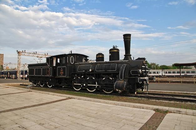 古い蒸気機関車
