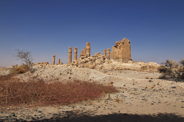 スーダン、ヌビア、ソレブ島のツタンカーメンの古代エジプト寺院