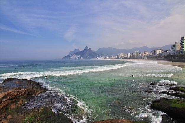 Пляж ипанема, рио-де-жанейро, бразилия