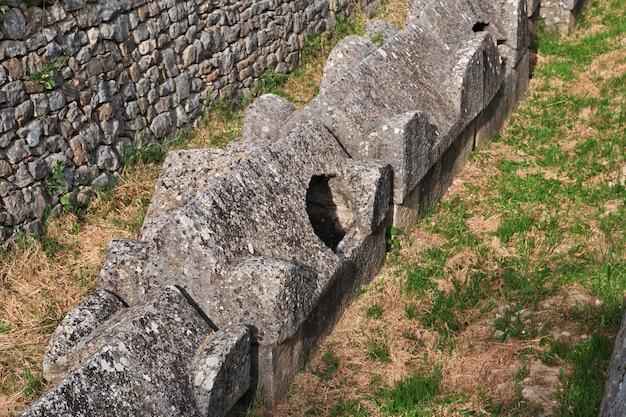 クロアチア、スプリトのダルマチアの古代ローマの首都、サロナの墓