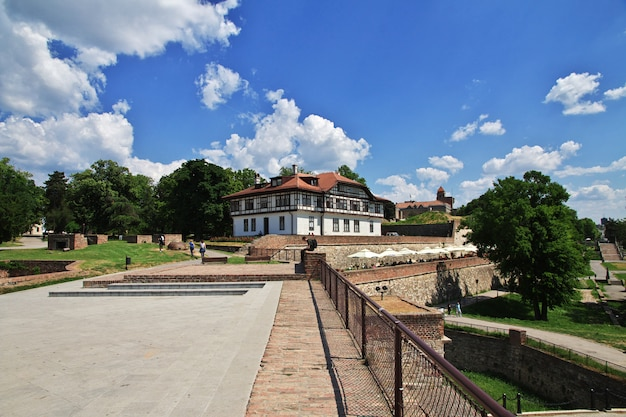 ドナウ川沿いのセルビアのベオグラードの首都