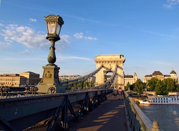 Цепной мост в будапеште, венгрия