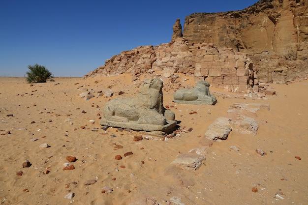 ジェベルバルカル、スーダンのファラオの古代寺院
