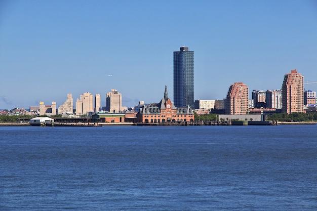 Вид на центр города, нью-йорк, сша