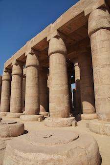 エジプト、ルクソールのラメセウムの古代寺院