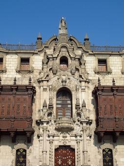 バシリカイモナステリオデサントドミンゴ、ペルー、リマ市の教会