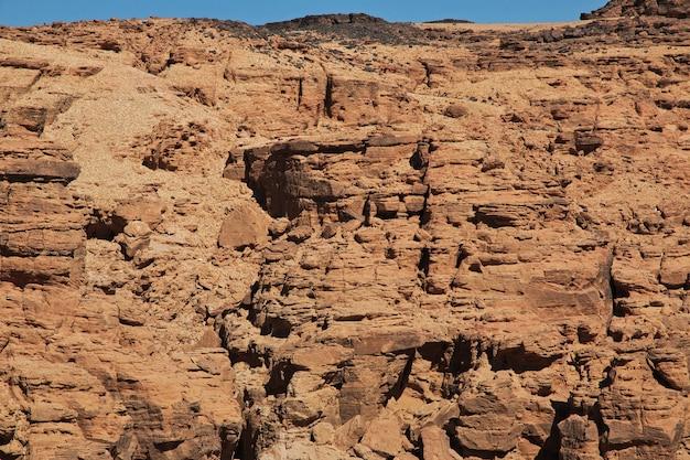 スーダン、サハラ砂漠の峡谷