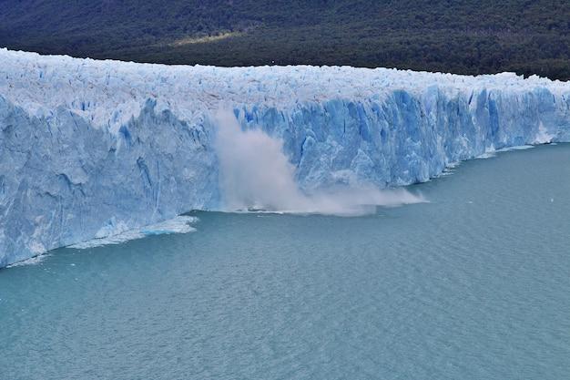 ペリトモレノ氷河、アルゼンチン、パタゴニア、エルカラファテ