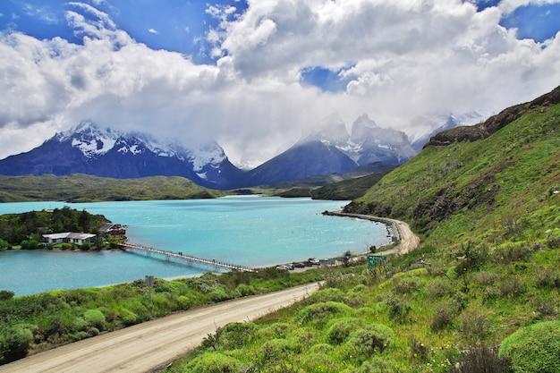 トレスデルパイネ国立公園、パタゴニア、チリのセロペイングランデ