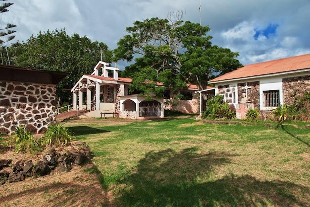 Церковь в ханга роа на острове пасхи, чили