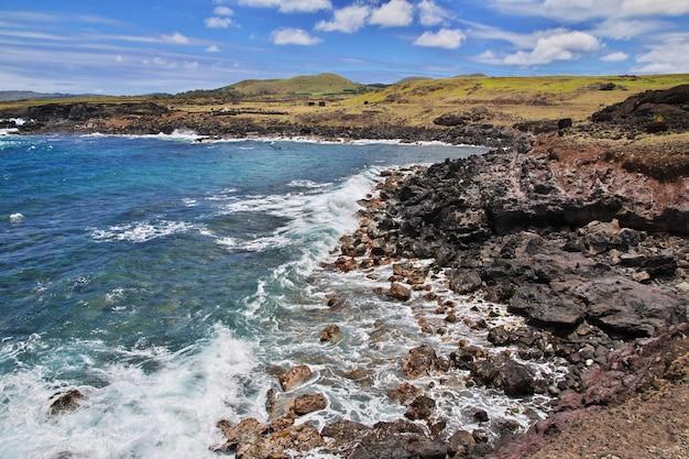 Вид на тихий океан на острове пасхи чили