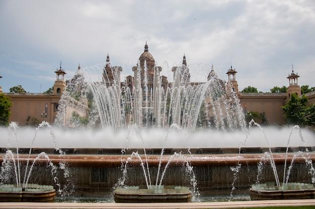 風景の建物旅行宮殿の噴水