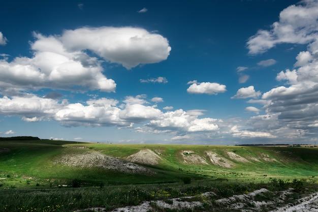 ロシアのリペツカヤ州でのディヴノゴールの風景