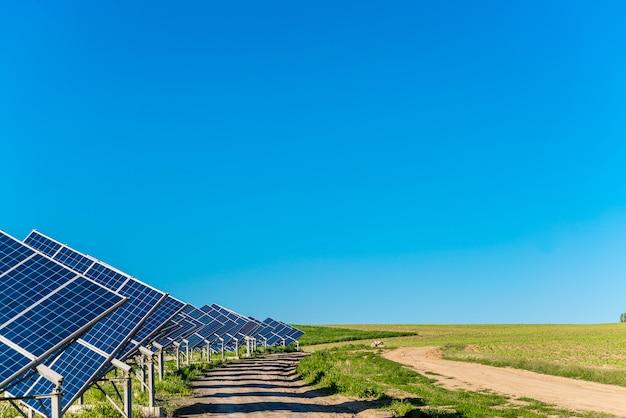 Солнечные панели энергии от солнца