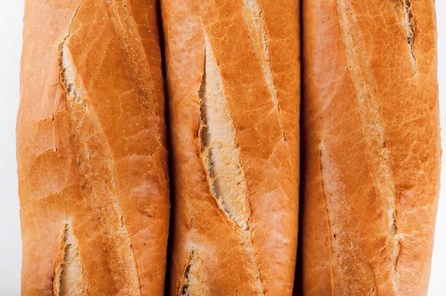 フランスのバゲット、パン。孤立した