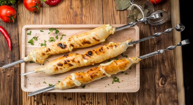スルグニチーズのグリル