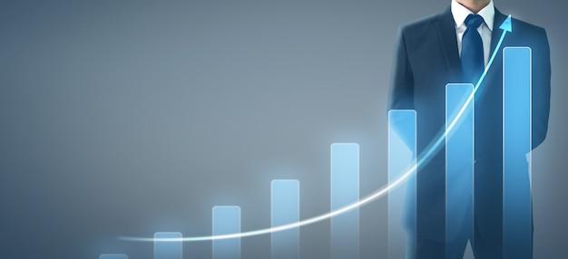 Увеличение плана диаграммы плана бизнесмена положительных показателей диаграммы в его деле.
