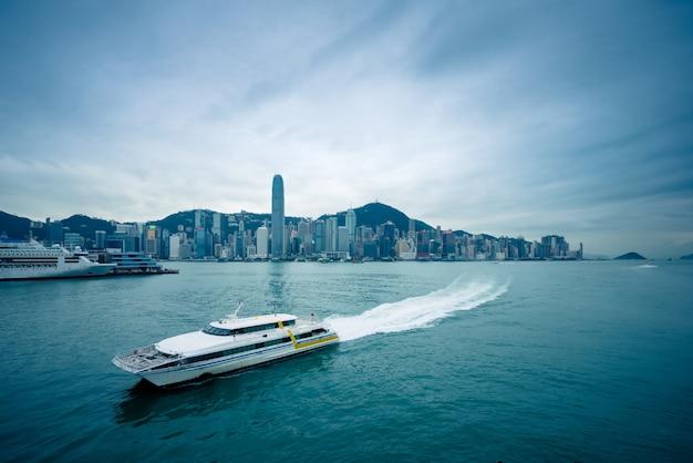 香港のビクトリア港