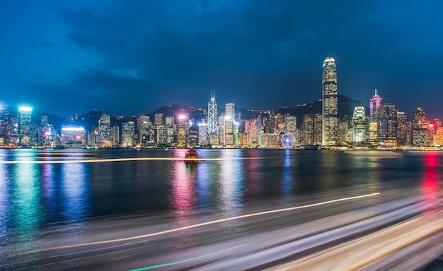 ビクトリアハーバー、クルーズルート、中国の香港の夜景