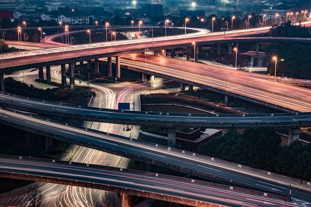 夜の蘇州高架の航空写真