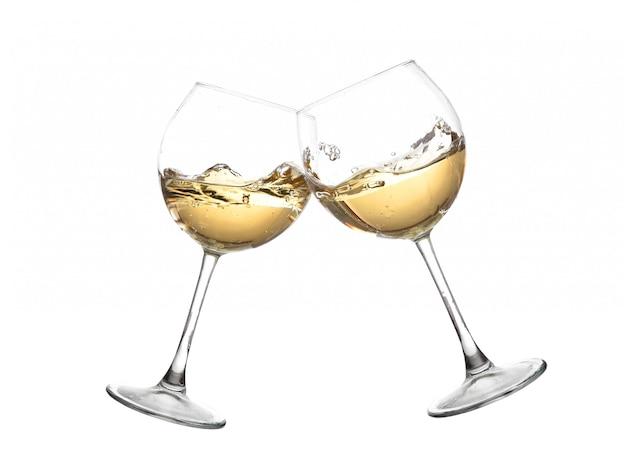 白ワインとグラスをチャリンという音。