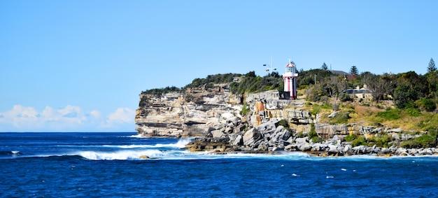 崖の上の灯台