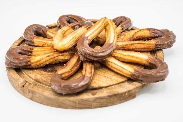 典型的な甘いスペインのショコラとチュロス