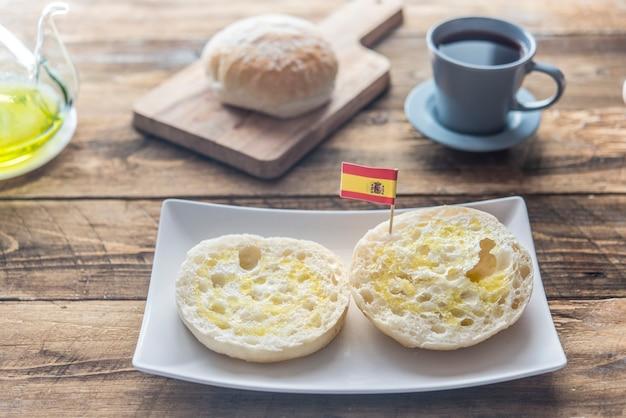 典型的な朝食スペイン