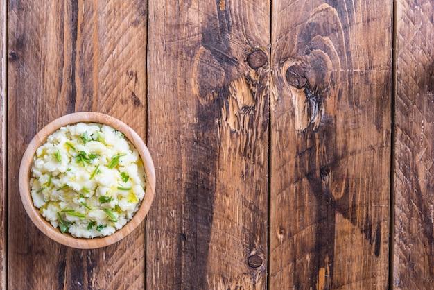 チャンプはアイルランドの典型的な純粋なジャガイモです
