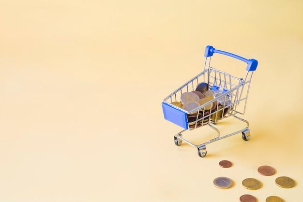 Автомобиль покупок с понятием денег