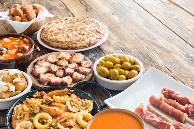 スペイン料理のプレート