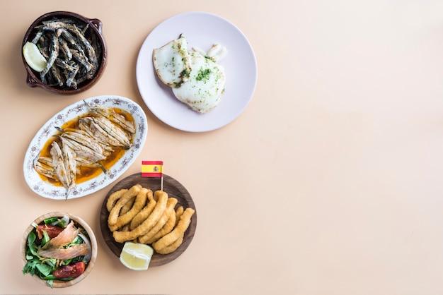 スペインの典型的な様々な魚